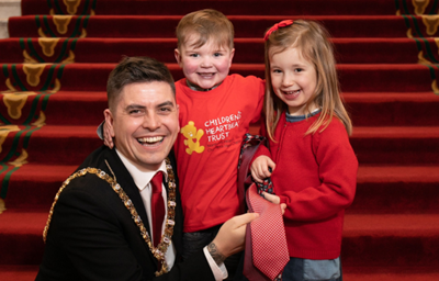 Local kids get Lord Mayor to 'Rock Red in Feb' for Children's Heartbeat Trust